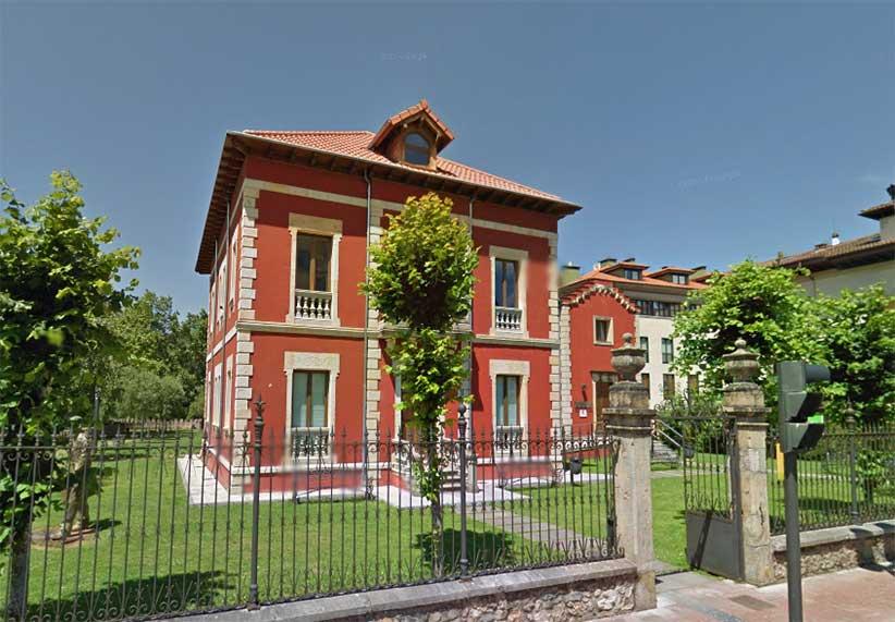 Oficina de turismo de cangas de on s asturias for Oficina turismo cangas de onis